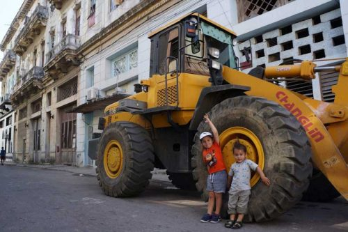 Bull Dozer on our street in Havana