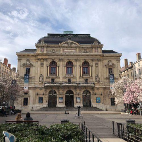 The square in front of Lyon Place Financière et Tertiaire